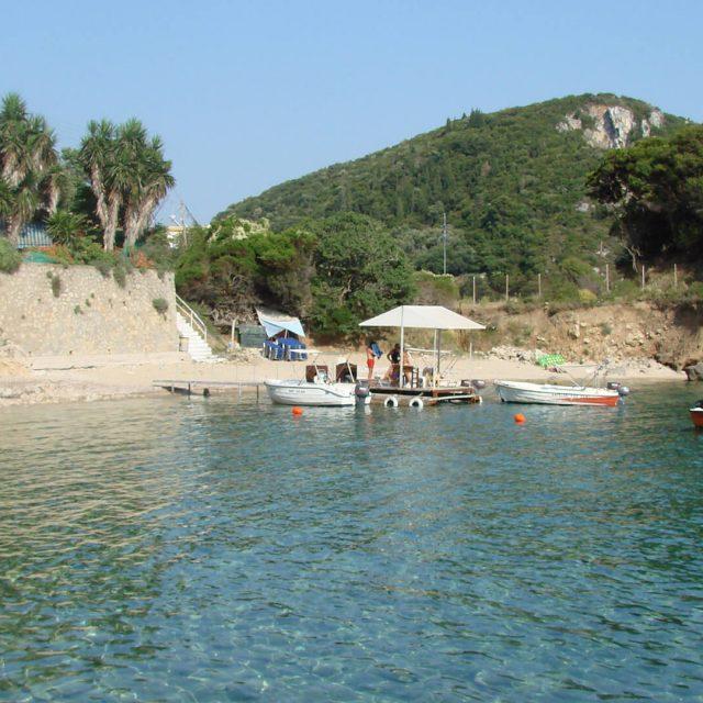 Ampelaki beach